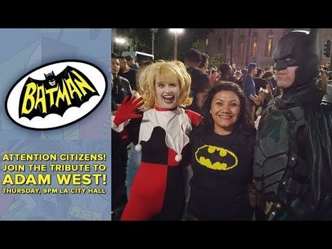 Episode 19 -  Bati-Señal en la alcadia de Los Angeles en Honor a Adam West