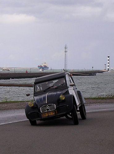 Bluesmobile • Citroen 2CV