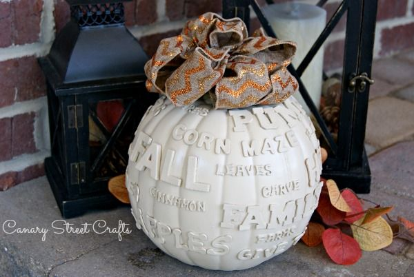 Using just a few items, you can make this easy DIY FAll Subway Art Pumpkin!
