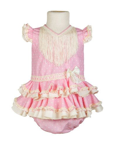 5dc5d1dcf7 Traje de flamenca o gitana para niña pequeña de color rosa, acabado  perfecto y braguita