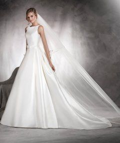Mikado Pronovias Long A-line Bateau Neck AFRICA Pattern Wedding Gowns with Lace Back 2017