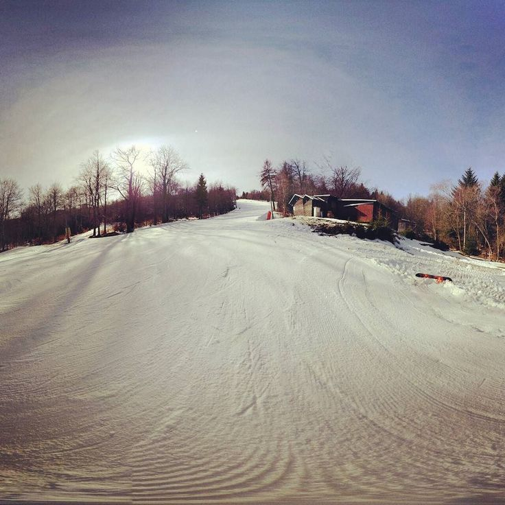 Ein neues Bild aus Telnice. Im Original Weekend ahead  #vikend #wochenende # #skiing #krusnehory #sport #telnice #zadnitelnice # # #slunicko #ustinadlabem # #parada #nadhera #jaro  #slopes #perfektni #snih #snow