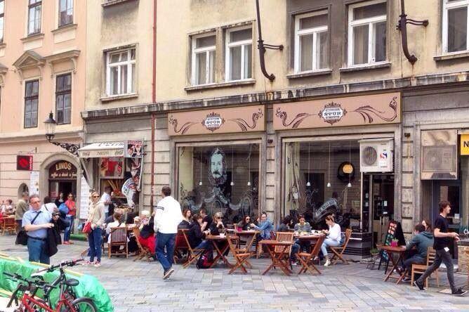 Stur Cafe Mon – Fri 07:00 – 22:00,  Sat – Sun 08:00 – 22:00