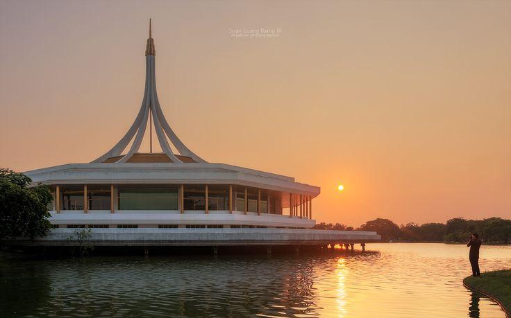 https://flic.kr/p/Dca8i1 | Suan Luang Rama IX | At the time of sunset of Suan Luang Rama IX