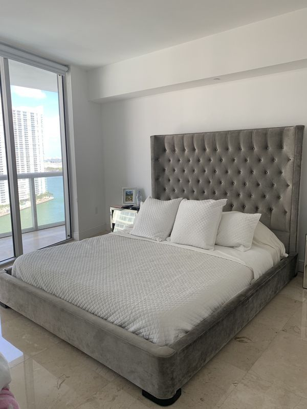 Zgallerie Marisol King Bed Custom Made Price Includes Leesa Mattress For Sale In Miami Fl Offerup Mattress Leesa Mattress King Beds