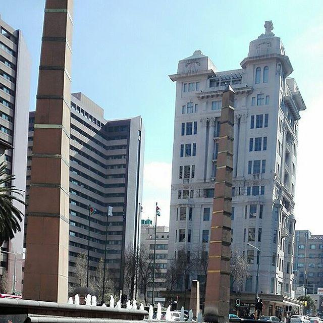 Love the different types of architecture in the @cityofjohannesburg.  #johannesburg #joburgcity #citycenter #Joburg #travel