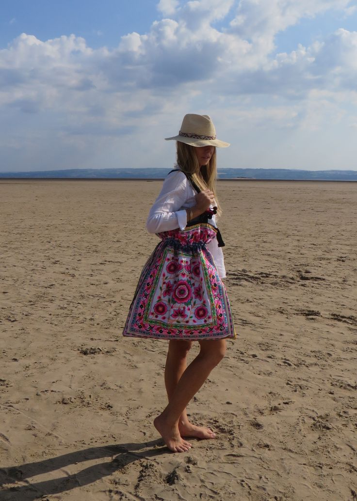 Perfect large beach bag to fold into your case, use for the beach, gym or yoga
