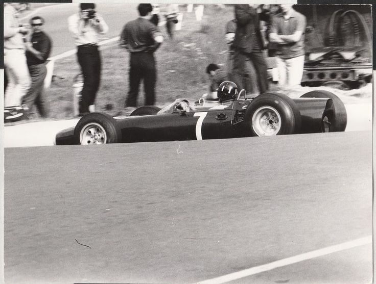 GRAHAM HILL BRM P261 BELGIAN GP SPA 1965 F1 ORIGINAL PERIOD VARISCO PHOTOGRAPH