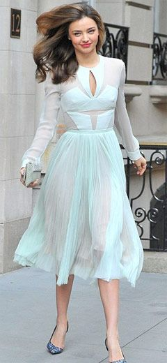 Miranda Kerr sports stunning dress.  Miranda Kerr apart from being a super model has angelic beauty. With her stunning good looks, floaty sea foam dress and enviable figure, it looked almost as if Miranda Kerr was auditioning to play Juliet opposite husband Orlando Bloom's Romeo. Check out at:http://www.womenfitness.net/news/other/mirandaKerr_sports.htm