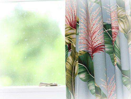 Hawaiian+curtains   Photo