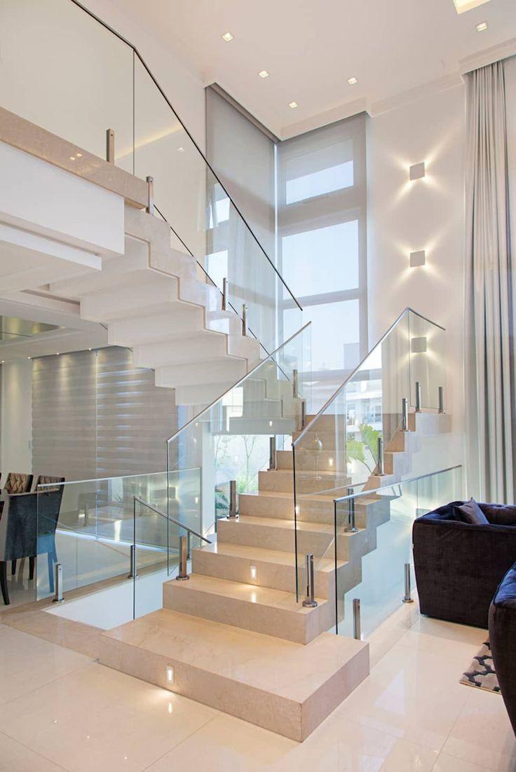 Pedestal steps Granite steps Glass railing Steel handrail Recessed lights #modern #stairs