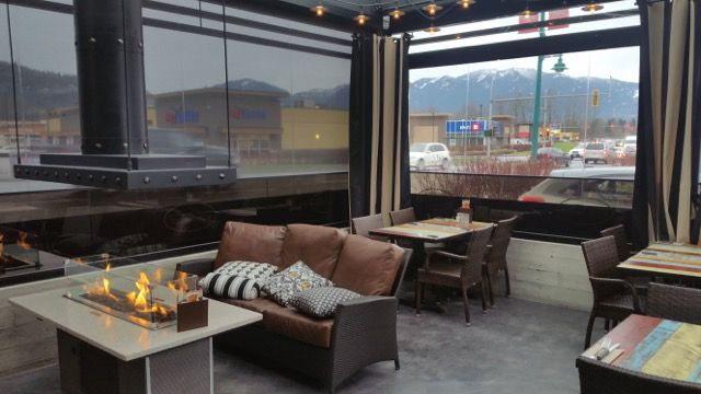 restaurant patio vinyl phantom motorized executive screens