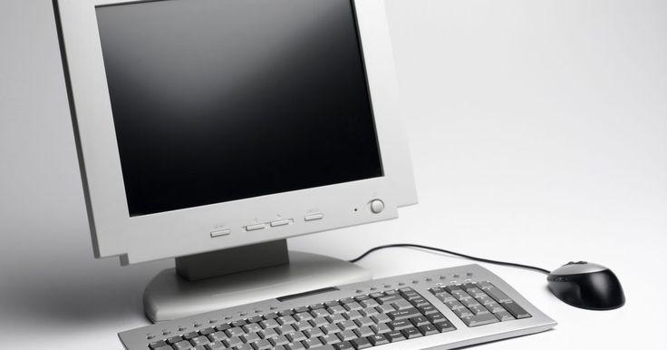 Tipos de dispositivos de entrada. Los dispositivos de entrada son accesorios que controlan la manera en la que una computadora procesa la información. Por ejemplo, un ratón es un dispositivo de entrada que controla el puntero y ayuda al usuario a interactuar con las ventanas en la pantalla. Los dispositivos de entrada son los accesorios que le dan a la unidad de procesamiento ...