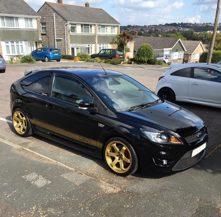 """Ford Focus ST with 18"""" Bola B1"""