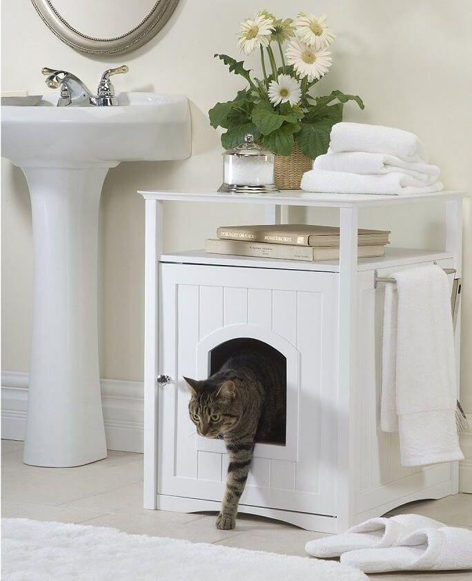 Spooky Halloween, Halloween Hacks, Cat Litter Box Enclosure, Hiding Cat Litter Box, Pet Furniture, Smart Furniture, Furniture Design, Furniture Ideas, Diy Cat Bed