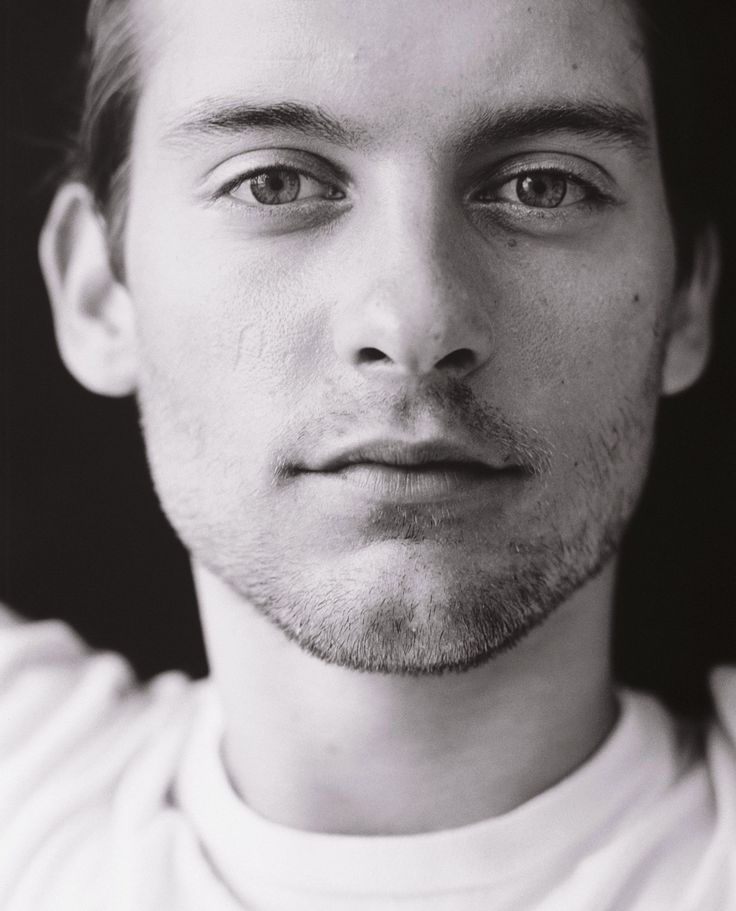 Tobey Maguire in 2019   Famous vegans, Hollywood actor ...