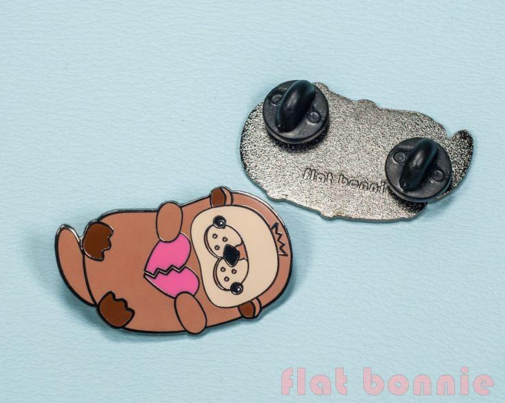 Kawaii Otter with Broken Heart - Cute otter enamel pin - Kawaii enamel pins - Cloisonné lapel pin