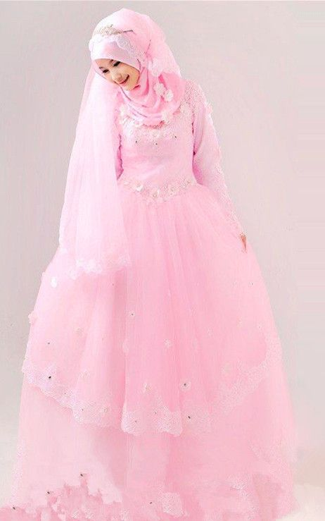 Attractive beautiful muslim wedding dress.Find more hijab and muslim wedding dress with muslimtourtravel.com in China.
