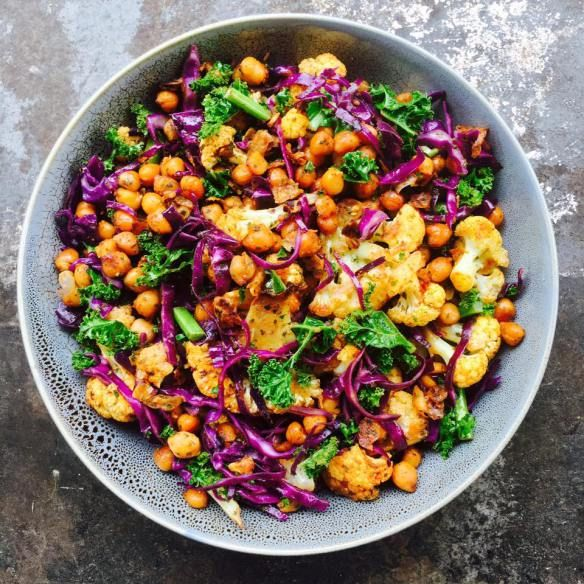 Curried Roasted cauliflower and chickpeas - A Dash of lemon