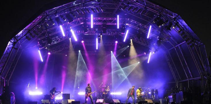 #Alquiler de #Sonorizacion e #iluminacion | #Vilafranca del Penedès Alquiler de sonido y iluminacion :carnaval ,fiestas holly, fin de año, etc…