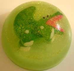 Интересное решение приучить ребенка мыть руки - сделать мыло с игрушкой своими руками, мастер класс
