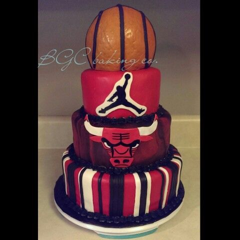 Chicago bulls cake michael jordan cake basketball cake!