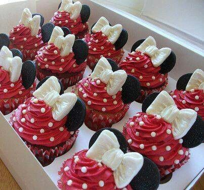 Minnie Mouse Cupcakes!! Hot pink not red