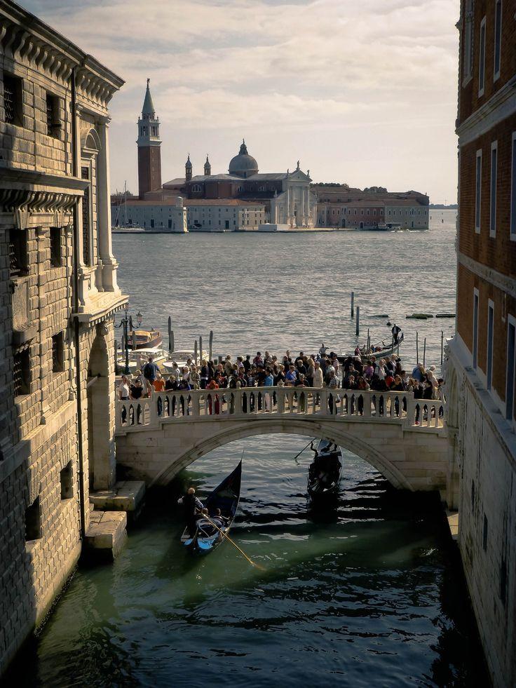 The Venice Bridge by Lidia, Leszek Derda on 500px