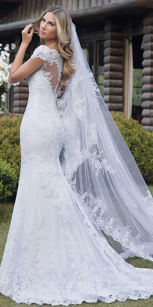 [173.60] Marvelous Tulle Off-the-shoulder Neckline Mermaid Wedding Dress With Lace Appliques