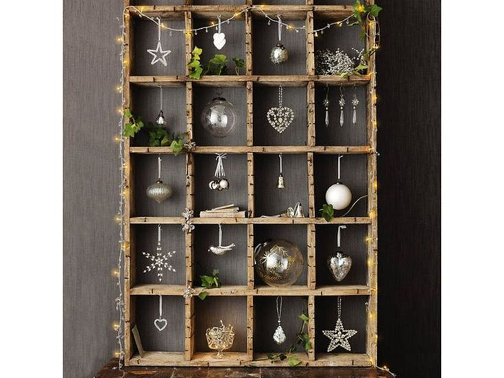 12-Il-Natale- nordico-20- ispirazioni-design-scandinavo-alternativa-albero-cassetta-di-legno-decori