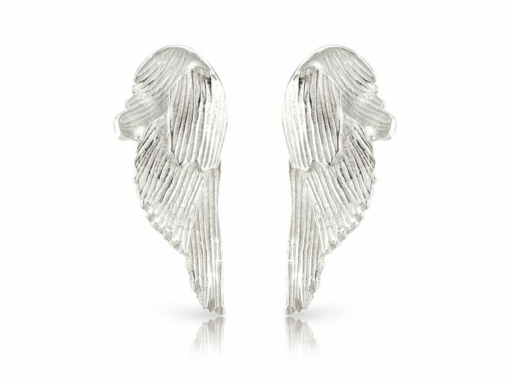 Svan earrings small - Svanur or The Swan is an idea born in one of these vacations. Guðbjörg watched these majestic birds and admired the contradictions in them. #Jewellery #Design #Icelandic #Iceland #Aurum