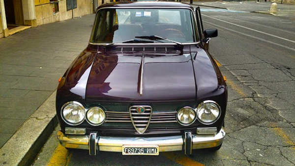 Finding love in Vatican City with an Alfa Romeo Giulia | Motoramic - Yahoo! Autos