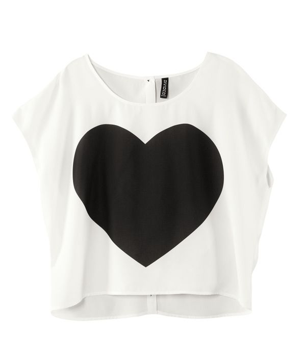 Heart-printed Back-buckle Woven Short-sleeved T-shirt. LOVE crop tops. So so comfortable!
