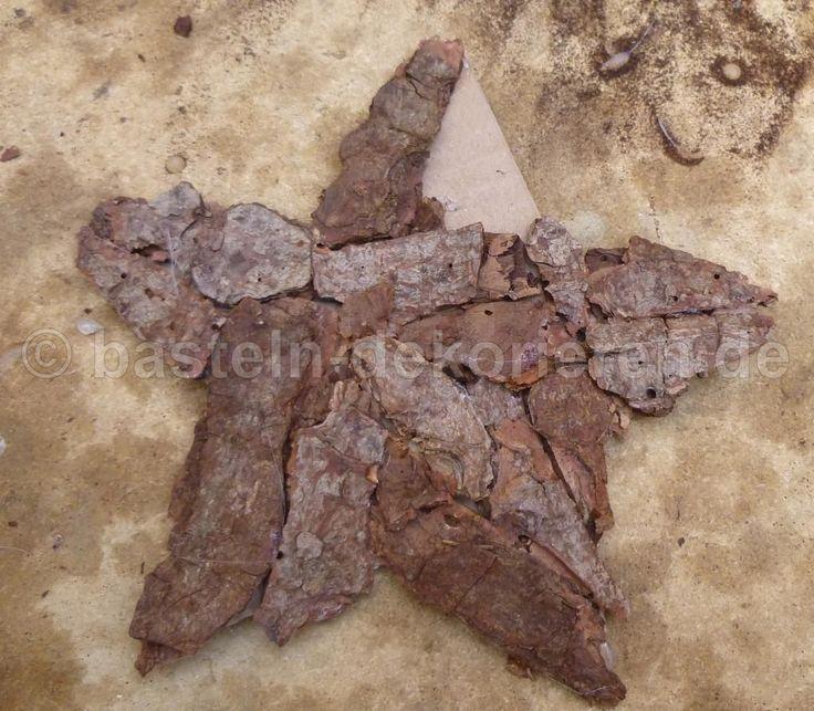 Stern basteln leicht gemacht. Bastelanleitung für einen Stern aus Baumrinde, so einen Stern kann man leicht selber machen und gibt eine schöne Weihnachtsdeko ab.