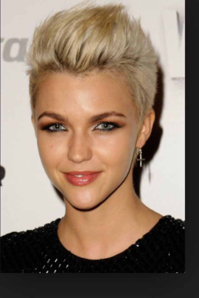 Short Womens Hairstyles 15 Best Women's Short Hairstyles Images On Pinterest  Short Films