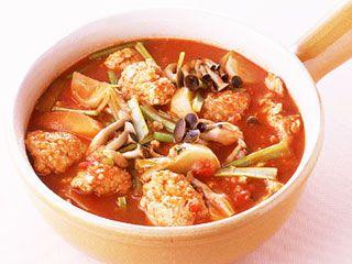 鶏団子のトマト鍋