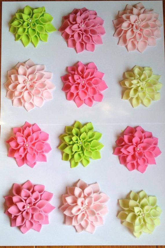 Decorate Cake With Fondant Flowers : fondant / flower / etsy / jesssweetcakes Edible Toppers ...