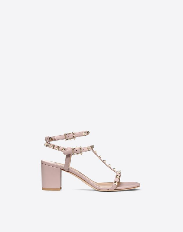 Discover the details of the Rockstud Sandal for Women. Find out all the information at Valentino Online Boutique and shop designer icons to wear.