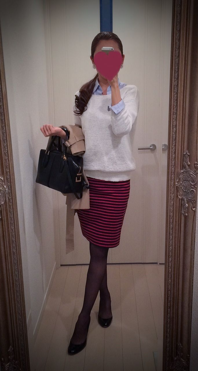 White knit + blue buttoned blouse + Red and black striped skirt + black bag +  beige jacket + black shoes - http://ameblo.jp/nyprtkifml