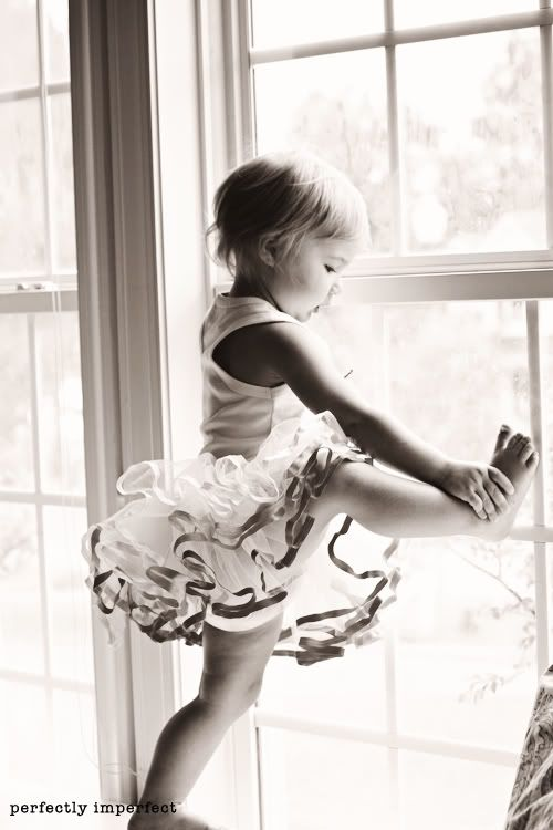 :)Dance Baby, Child Ballet Photography, Baby Class, Baby Girls, Dancers Tips, Tiny Dancers, Ballet Kids, Baby Photography, Baby Ballet
