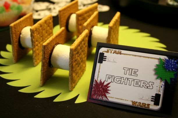The Lego Star Wars party, accent on the Star Wars…snacks, tie fighters | denna's ideas