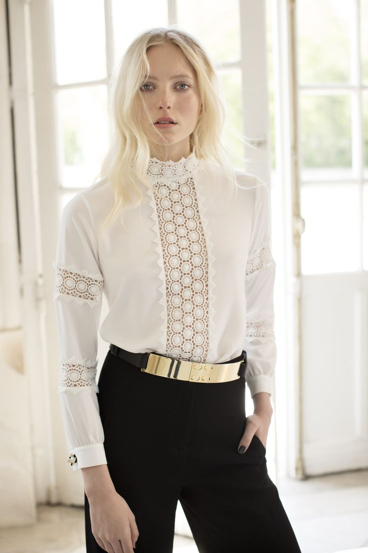 Rufina is the must have white blouse of the fall winter 2015 collection Anne Fontaine! Macramé braid with a rustic look offering a subtle transparency to this Victorian style blouse.