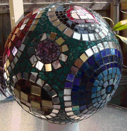 102 best images about garden spheres on pinterest for Mosaic ideas for the garden