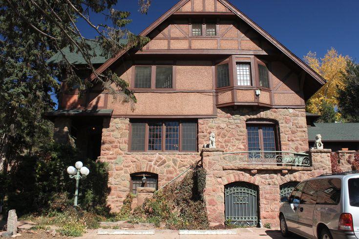 Onaledge, Manitou Springs, Colorado's Very Haunted Hotel (PHOTOS)#slide=1670445#slide=1670445