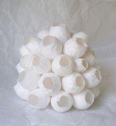 Sculptures en papier de soie de MARYSE DUGOIS