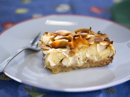 Бон Апети Сладкиш с ананас и кокос