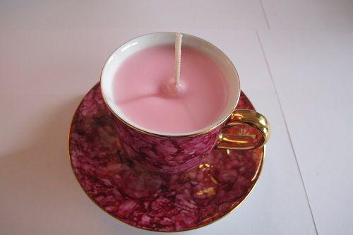 Sweet Pea tea cup soy wax candle.