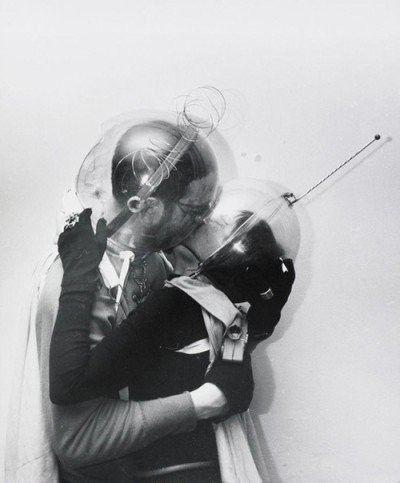 1960 Boy Meets Girl @Weegee www.bullesconcept.com                                                                                                                                                                                 Plus