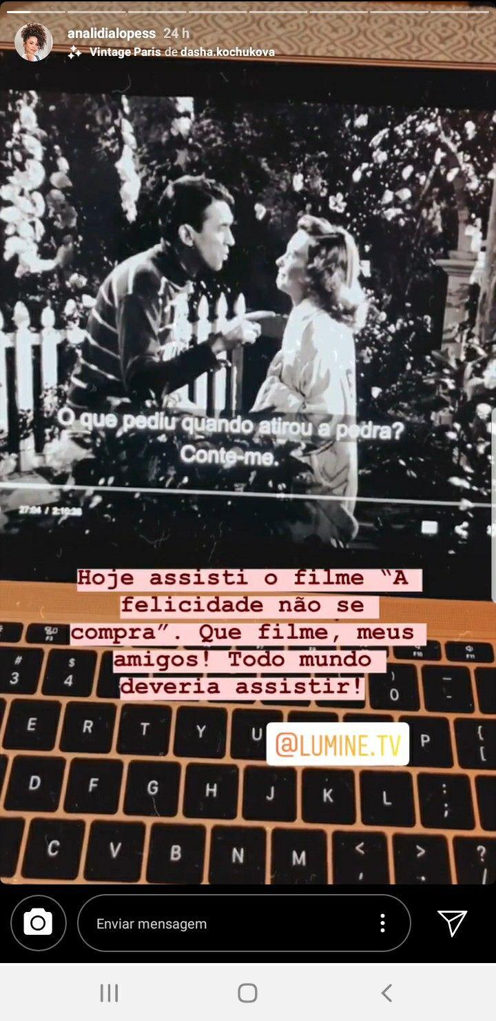 Filmes Docs De Ana Clara Araujo Em 2020 Vintage Paris Filmes Paris