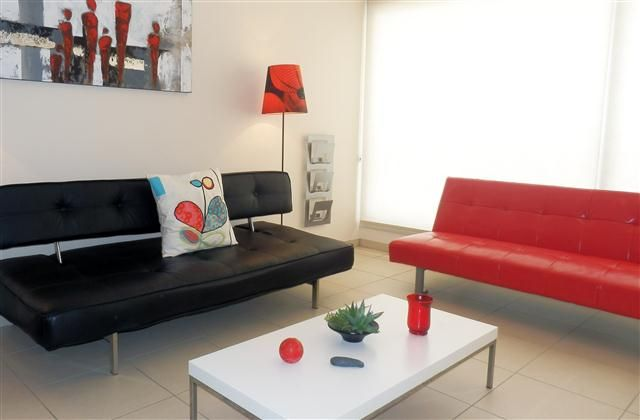 2 Bedroom Apartment in Limassol Town to rent from £290 pw. With Solarium, balcony/terrace, air con and TV.